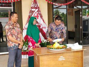 Bawaslu Kab. Natuna Potong Tumpeng dalam Rangka Peringatan Hari Jadi Bawaslu Kabupaten/Kota